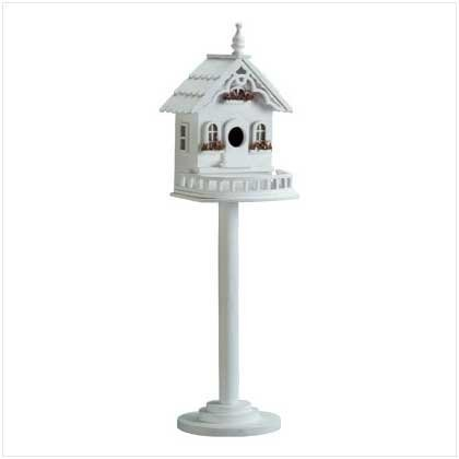 Freestanding Beautiful Victorian Birdhouse