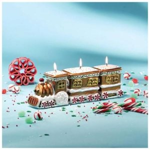 Gingerbread Train Holiday Candle Set