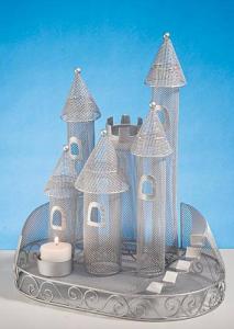 British Royal Wedding Party Ideas, Fairytale Castle Centerpiece