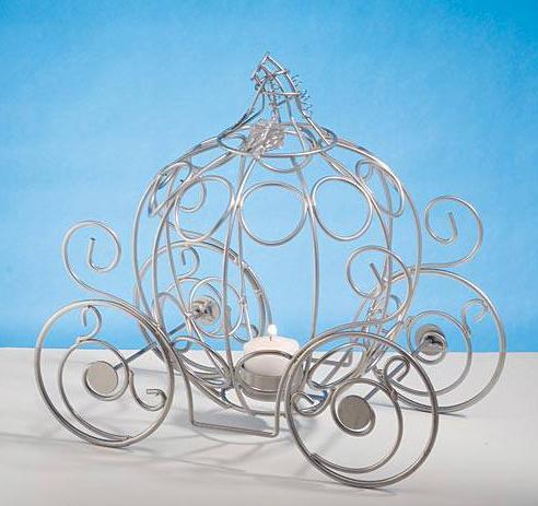 British Royal Wedding Party Ideas, Fairytale Dreams Centerpiece Silver