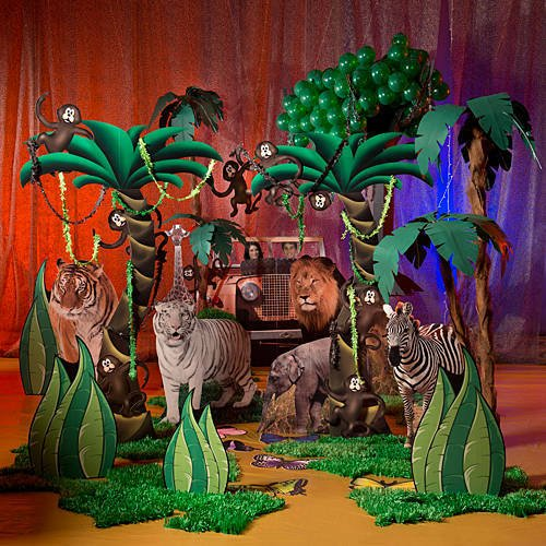 Jungle safari party ladies night out teen birthday for African party decoration ideas