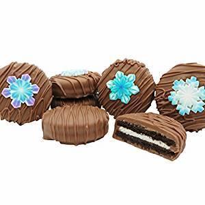 Snowflake chocolate oreo cookie