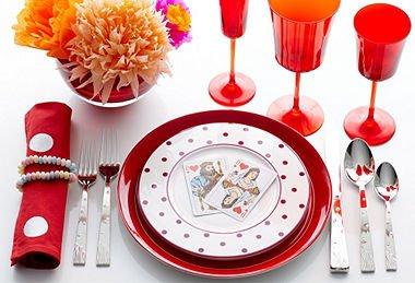 Fun Flirty Valentine's Day Table Decor