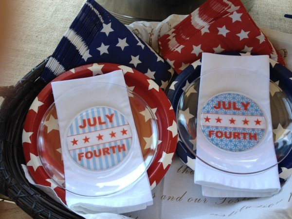 Customize Glass Party Plates