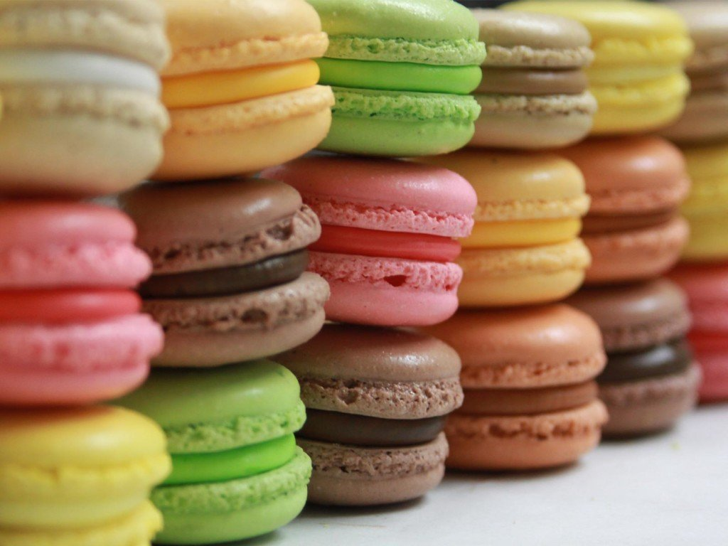 Beading Party Macarons Dessert