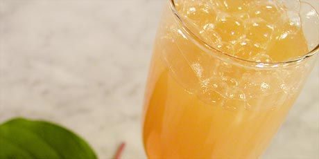 Apricot Bellini Cocktail