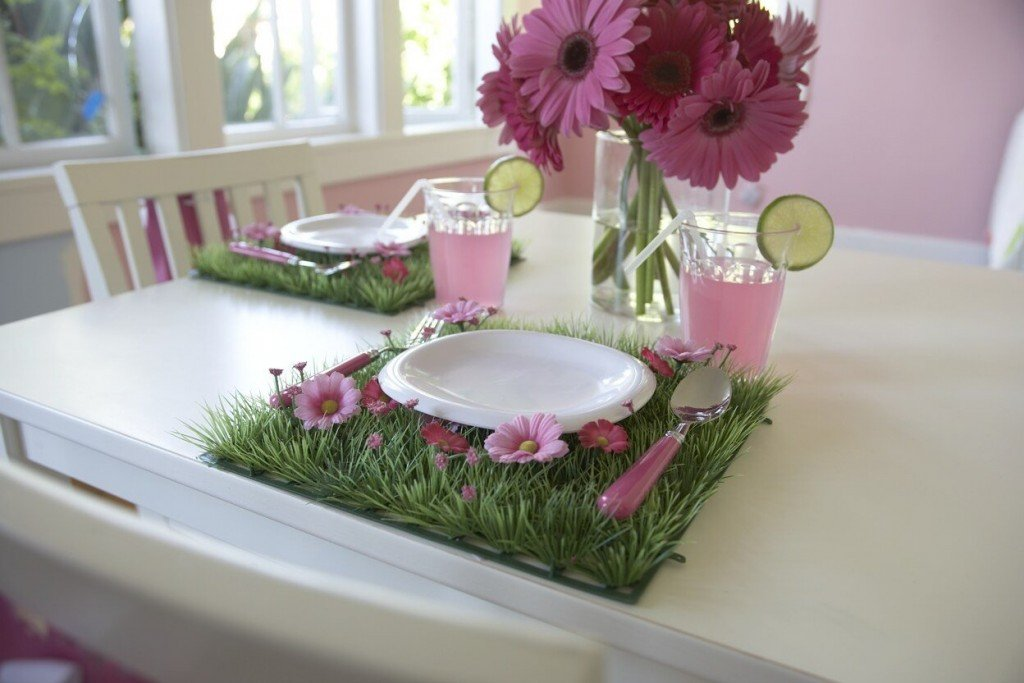 Grass and Flowers Placemat