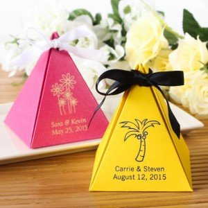 Personalized Pyramid Favor Box