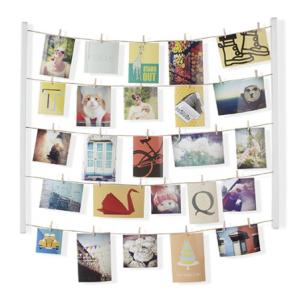 clothespin photo board, dorm room decor