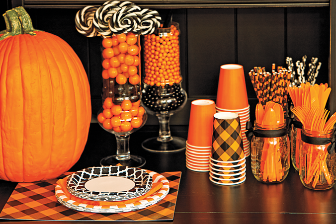 Celebrate Express Halloween Party Decor