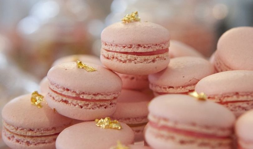 blush macaroons with edible gold glitter
