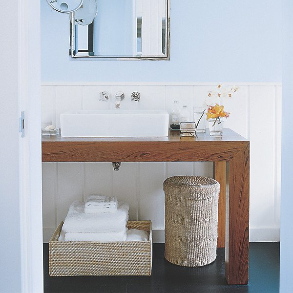 Home Entertaining Essentials >> Fully Stock, Freshen & Tidy the Bathroom