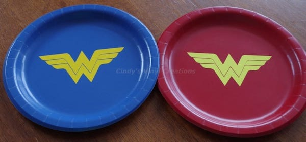 Wonder Woman Inspired Birthday Party Plates
