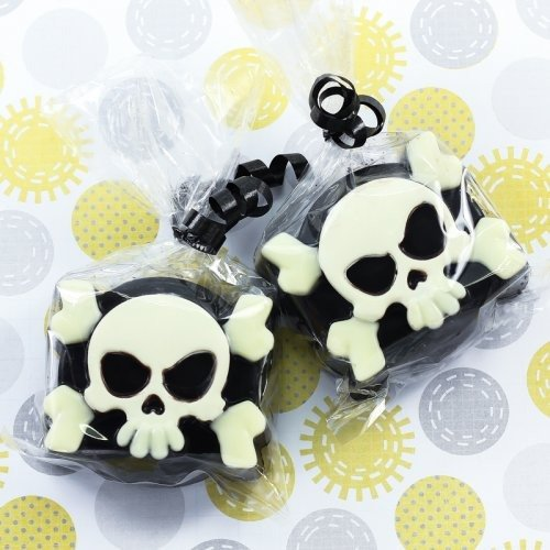 Pirate Skull Covered Oreo Cookie
