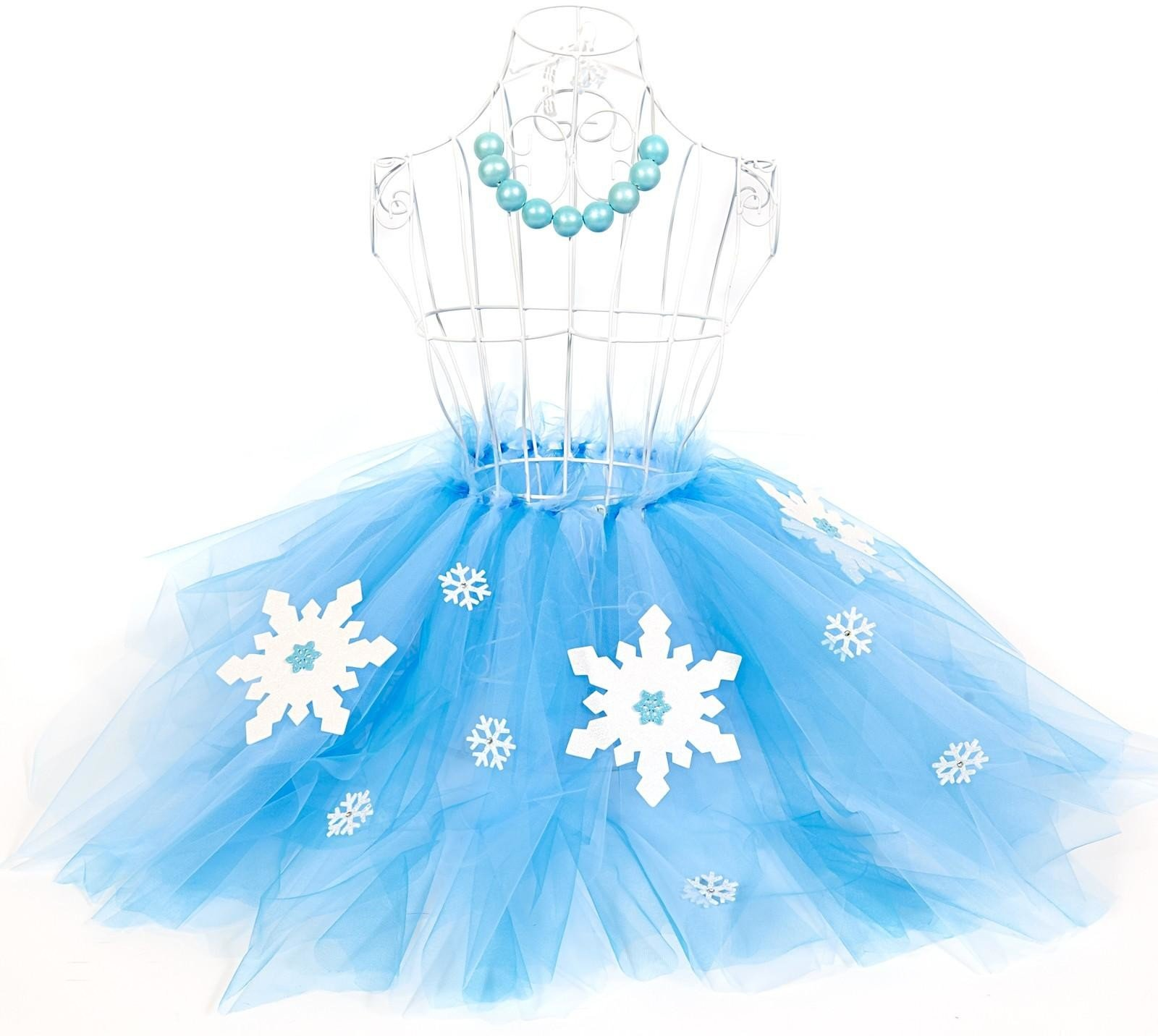 D.I.Y. Snowflake Winter Wonderland Tutu and Gumball Necklace