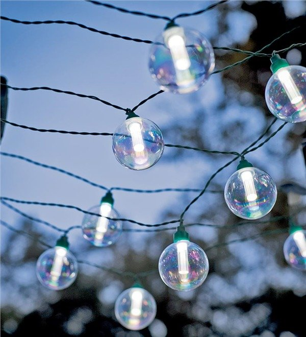 Outdoor Bistro Solar Powered Globe String Lights: Solar-Powered Globe String Lights For Outdoor Entertaining