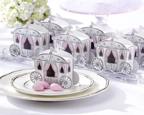 Quinceanera enchanted carriage favor box