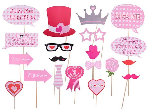 Valentine's Day Party Photo Booth Props & Decorations in Shades of Pink